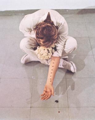 Gina-Pane-Azione-sentimentale-1973