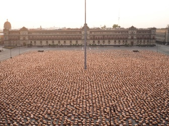 SPENCER-TUNICK-Mexico-City-4.1